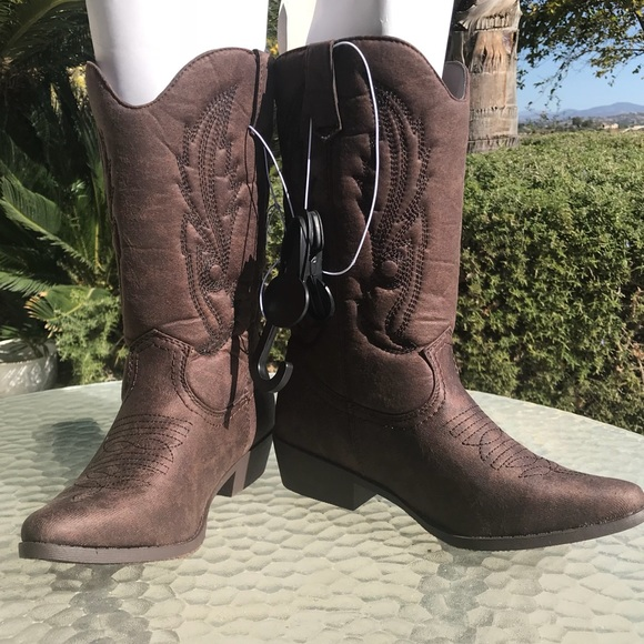 a773e1500 Chocolate Brown Vegan western cowboy boots size 7